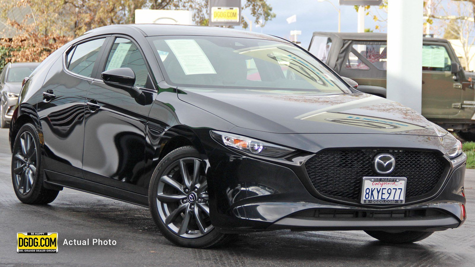 Certified Pre-Owned 2019 Mazda3 Hatchback w/Preferred Pkg