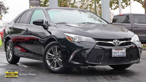 2016 Toyota Camry SE FWD 4dr Car